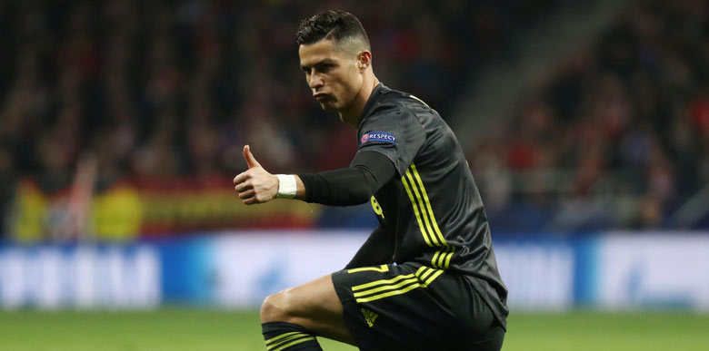 Ronaldo'dan taraftara şok hareket!