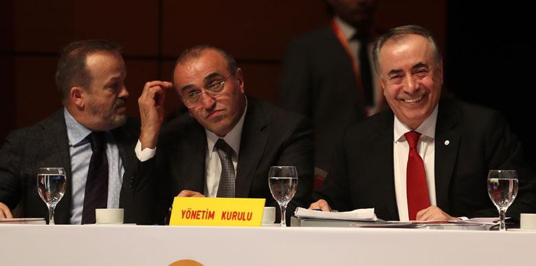 Galatasaray'da sıcak saatler! 4 büyük sorun...