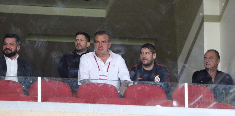 Galatasaray'da dikkat çeken eksik! Hasan Şaş...