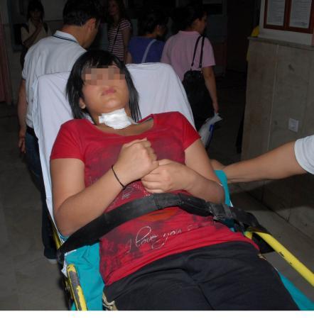 Kız öğrencilerin kavgası kanlı bitti: 1 yaralı