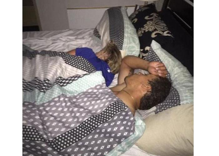 Ебут спящих девушек смотреть онлайн132