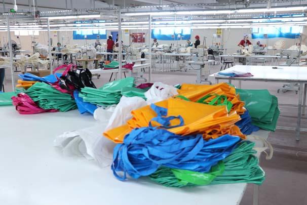 Devlet desteğiyle kurduğu fabrika ile Avrupa'ya açıldı
