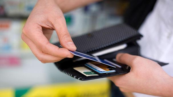 Yüz binler kredi kartı batağında! Peki nasıl kurtulacaksınız?
