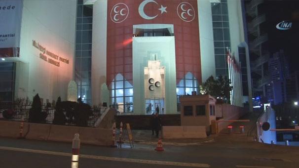 MHP Genel Merkezi önünde dikkat çeken görüntü