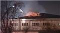 Avcılar'da fabrika yangını: Müdahale sürüyor
