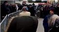 Bursa'da ucuz sebze satışı 3 yerde başladı! Vatandaşlar akın etti...