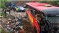Ülke şokta! Otobüs kazasında 60 ölü