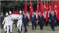 Bakan Kasapoğlu Anıtkabir'de törene katıldı