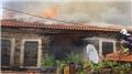 İki günde 2. yangın! Tarihi ev küle döndü