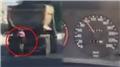 Bisikletli 100 kilometre hızla giden kamyondan yol istedi!