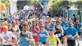 Bozcaada maratonunda her koşucu için bir ağaç