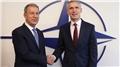 Bakan Akar ile Stoltenberg NATO Karargahı'nda görüştüler