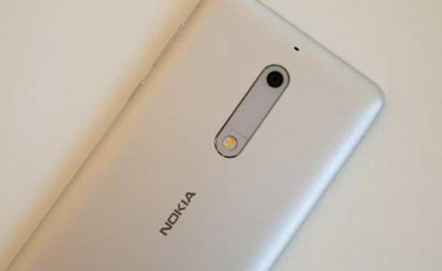 Sonunda Türkiye'ye geliyor! Nokia yaptı, fiyatına çok şaşıracaksınız
