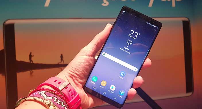 Galaxy Note 8'deki yüz tanıma özelliğini basit bir fotoğrafla kandırdılar