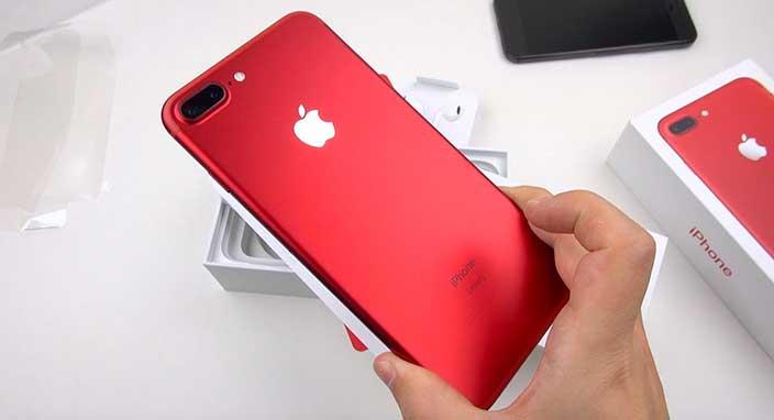 Apple kırmızı iPhone 7 modellerinin satışını durdu