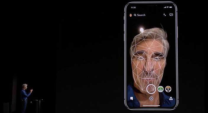 Apple, Face ID'nin tanıtım sırasında neden başarısız olduğunu açıkladı