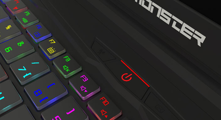 Monster, mekanik klavyeli iki yeni modelini tanıttı