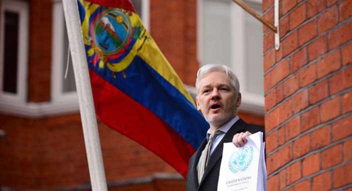 Ekvador, Julian Assange'a vatandaşlık verdi