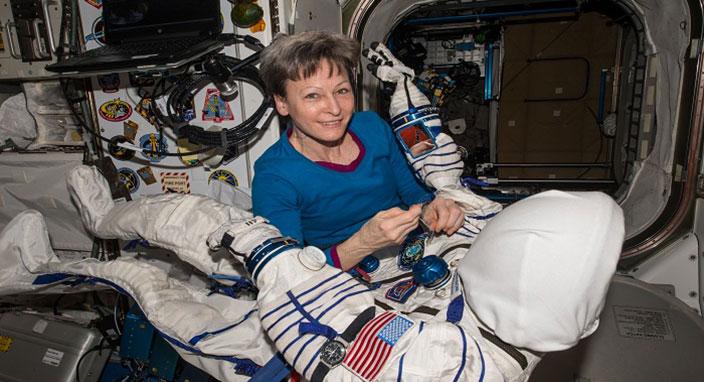 Astronotlar uzayda tuvaletini nasıl yapıyor?