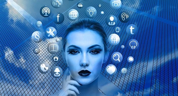 """""""Facebook kendini tehdit eden kişileri izliyor"""""""