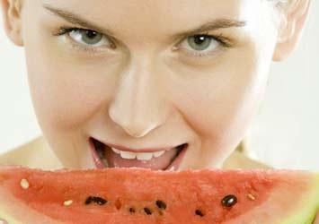 Sağlık kaynağı üç meyve