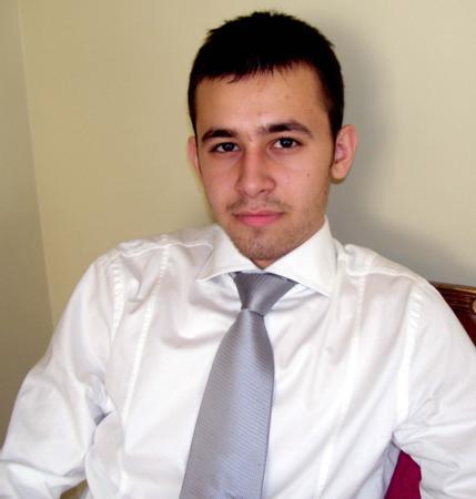 http://i.milliyet.com.tr/YeniAnaResim/2010/06/06/furkan-dogan-in-babasi-oglum-amerikan-vatandasi-olduguna-guvenip-yola-cikti--682099.Jpeg