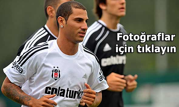 Beşiktaşın yeni transferleri idmanda...