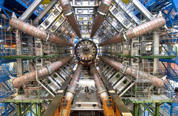 CERN'de tarihi buluş