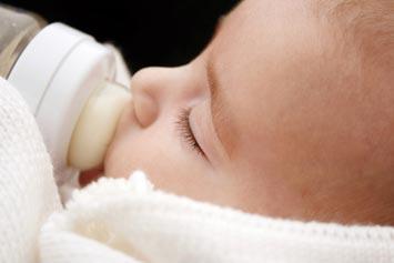 Dikkat! Çocuğunuzda süt alerjisi olabilir