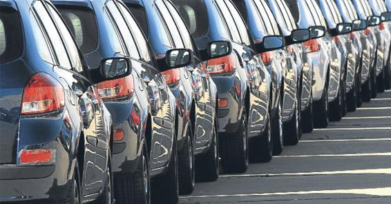 Otomobil satışları 2011'i rekorla açtı