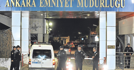 Kadın polis müdürü 25 metre etkili bir 'ortam'da dinlenmiş
