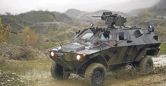 Polise 100 milyonluk zırhlı araç
