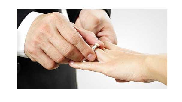 Evlilik yaşı 18 olsun teklifi