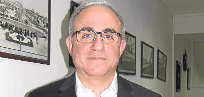 AK Parti, Karşıyaka'da 2014 kadrosunu kurdu