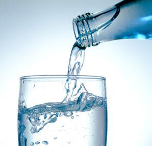 Sağlık için bol bol su için!