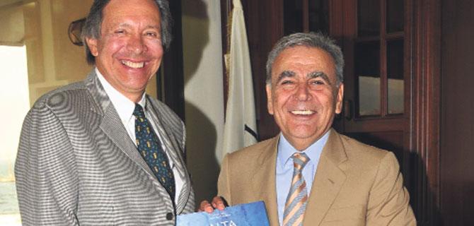 Kolombiyalı Büyükelçi İzmir aşığı