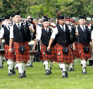 İskoç erkekler neden etek giyer?
