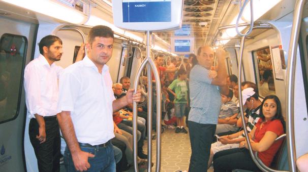 Anadolu yakasında metro bayramı