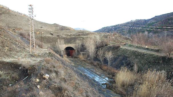 69 yılda tünelin ucu görünemedi