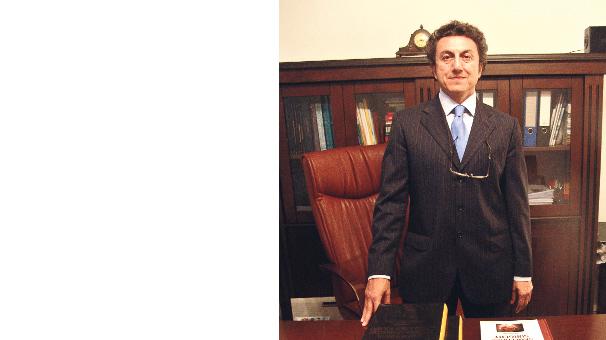 Prof. Tuncay Uluğ'dan gururlandıran başarı