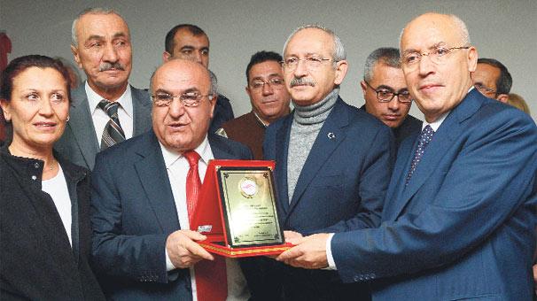 Vali Gezi'yi  CHP'ye kapattı