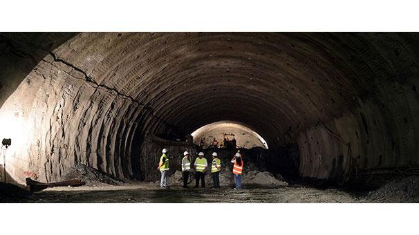 ''Türkiye'nin en uzun tüneli'' yarın açılacak
