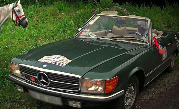 Haber klasik otomobiller yarıştı suadiye den start alan klasik