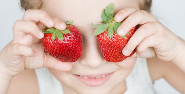 Bir çocukta besin alerjileri: ne yapmalı