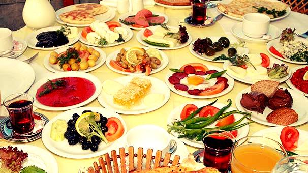 Ramazan'da iftar ve sahurda neler yenilmeli?
