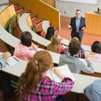 Her yabancı öğrenci kişi başı yıllık 40 bin dolar harcıyor
