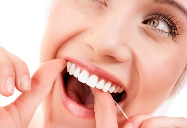 Dişlerin sevimsiz düşmanları diş taşları