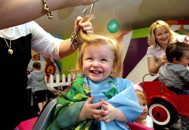 Bebeklerin saçları kazıtılınca daha gür çıkar mı