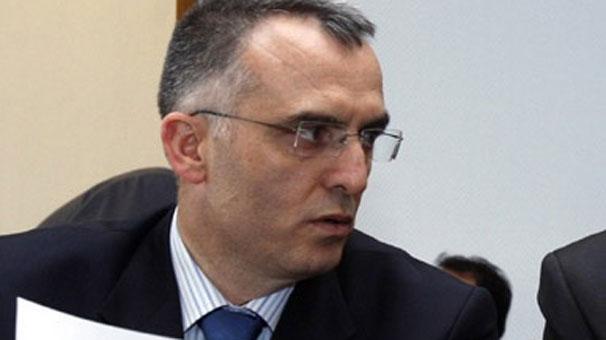 Maliye Bakanlığı Müsteşarı Ağbal'dan adaylık istifası