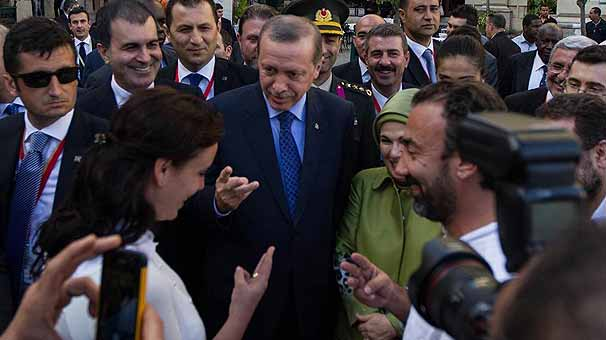 """Erdoğan Küba'da da """"üç"""" dedi"""